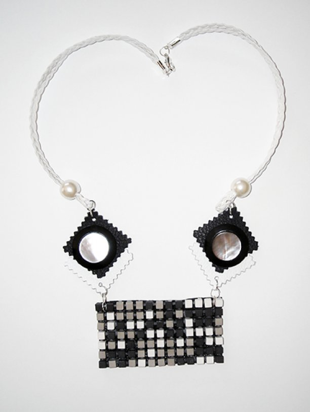 Necklace Brix